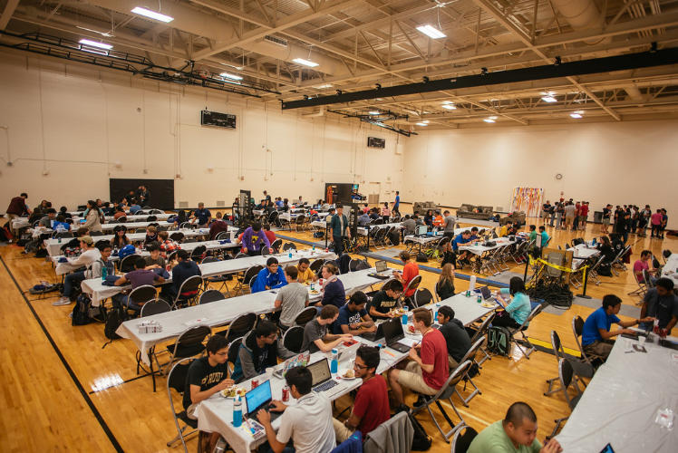 The Co-Rec full of hackers during BoilerMake V